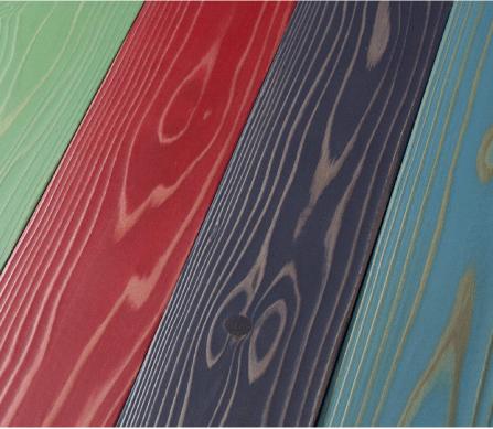 塗装前の木の表面処理が 要らないなめらかな手触り。塗装済み木材UROCO