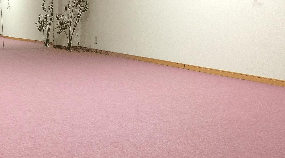 賃貸でもDIYで床をカーペットに張り替え出来るシート