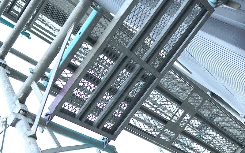 ひし形の網目がおしゃれ 裏表のないラスティパネル